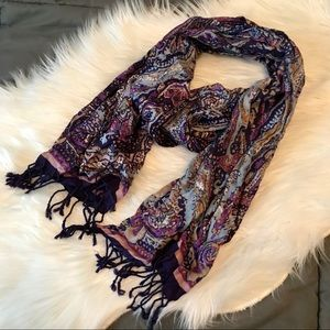 Accessories - Purple patterned scarf